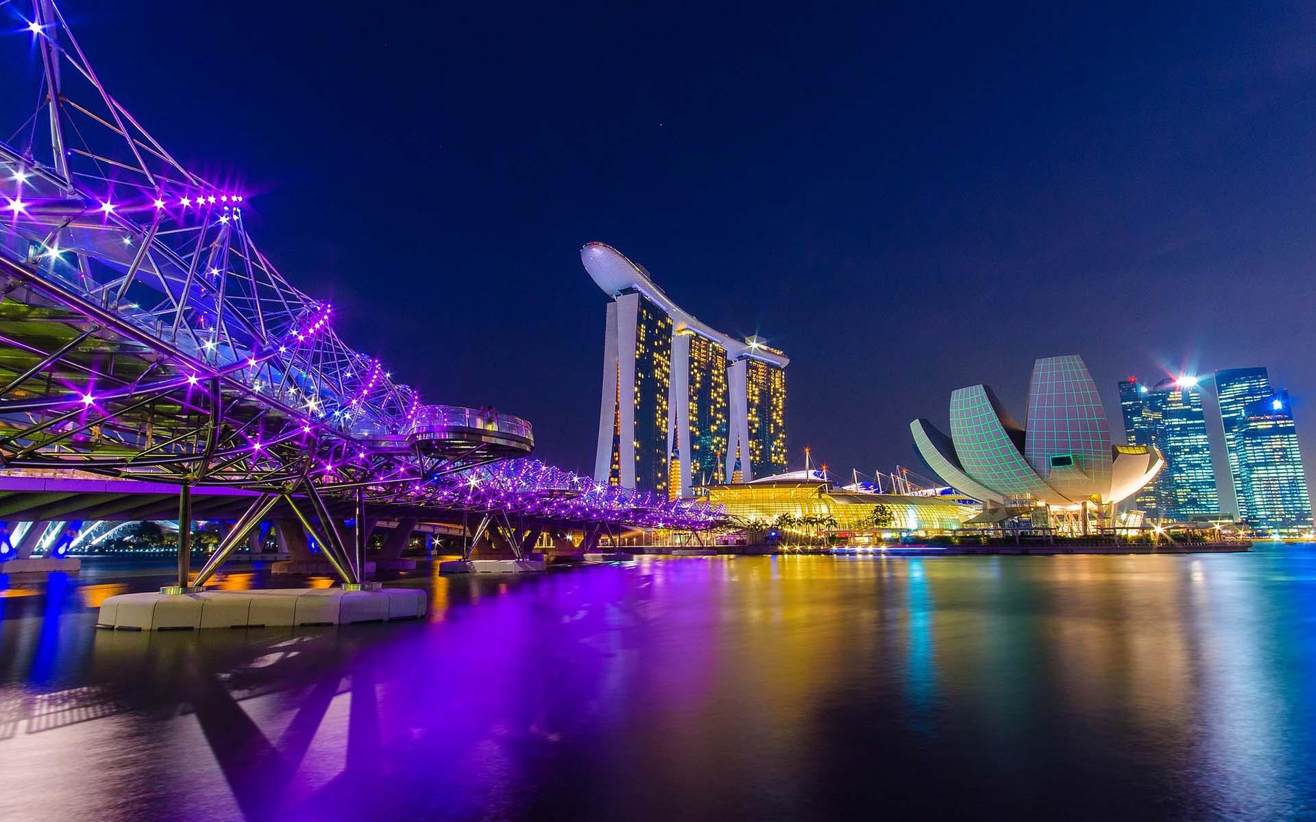 Formula 1 Singapore Grand Prix Travel Packages