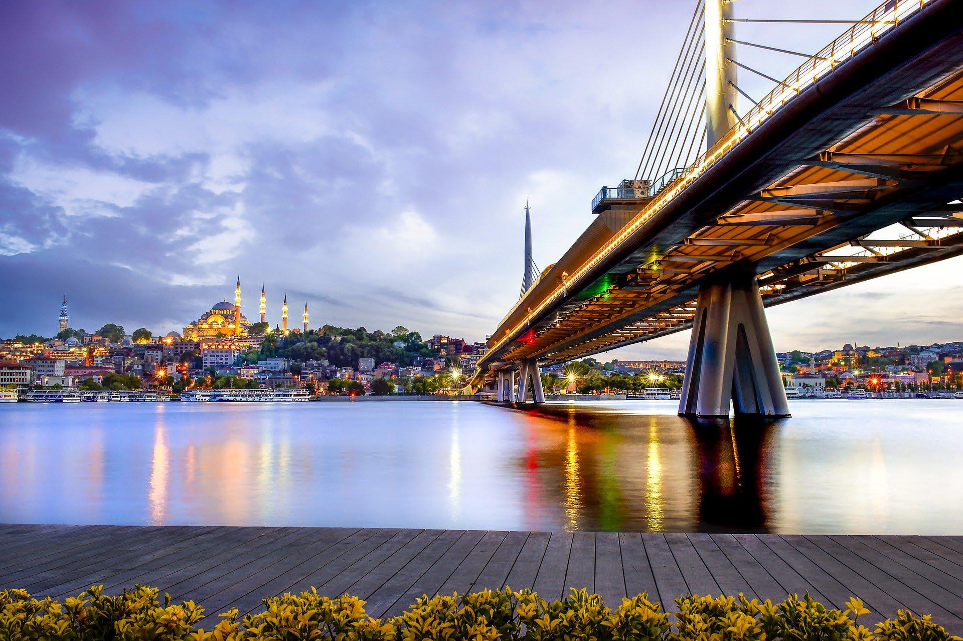 2021 Formula 1 Turkish Grand Prix travel packages